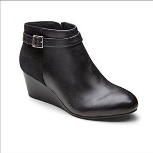 Vionic Shasta Leather Suede Ankle Boot
